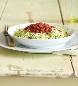 Zucchinipasta med Pomodorosås
