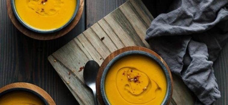 Acorn Squash och gurkmejasoppa
